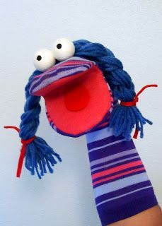The Titerería: Sock puppets - Stofftiere Glove Puppets, Felt Puppets, Puppets For Kids, Puppet Crafts, Sock Crafts, Childrens Workshop, Art For Kids, Crafts For Kids, Animal Hand Puppets