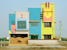 When people talk about '80s architecture, what they often mean is the asymmetrical, gaudy designs of the Memphis Group. Founded by Ettore Sottsass in...