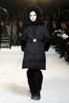 Moncler Gamme Rouge Fall 2012 Runway - Moncler Gamme Rouge Ready-To-Wear Collection