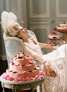 Marie Antoinette movie still with Kirsten Dunst. Sofia Coppola 2006, France, French, Versailles, Let them eat Cake, Paris.