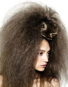 Woof hair - artist Nagi Noda