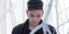 Baekho (NUEST) dirigiu vocalmente músicas do álbum de debut do PRISTIN