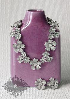 Necklace & Earrings Set. Bitter Sweet Jewellery. #bridal #wedding #jewellery #Toronto #floral