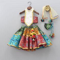 Frocks For Girls, Dresses Kids Girl, Kids Outfits, Lehanga For Kids, Kids Blouse Designs, Kids Dress Wear, Baby Dress Design, Baby Girl Dress Patterns, Baby Frocks Designs