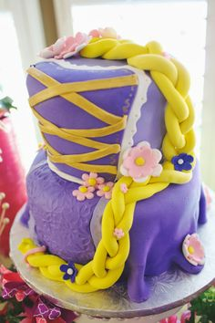 Tangled Birthday Party     The Frosted Petticoat