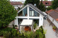 2p-raum.de Portfolio/Aktuell in Planung Bauhaus, Portfolio, Windows, Architects, Villas, Projects, Homes, Ramen, Window