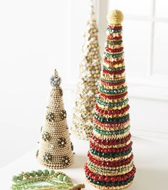 Create some festive holiday DIY decor with beaded holiday trees!   Holiday Home Decor