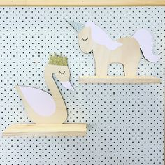 Pretty in Pine — Swan Princess Shelf Baby Decor, Kids Decor, Home Decor, Wood Crafts, Diy And Crafts, Scrap Wood Projects, Kids Wood, Wooden Gifts, Wood Toys