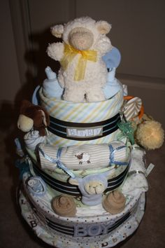 Little lamb diaper cake