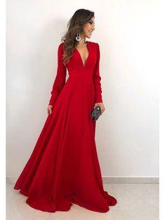 Vestido Longo Amplo Katar - P Elegant Dresses, Pretty Dresses, Beautiful Dresses, Formal Dresses, Long Red Dresses, Stylish Dresses, Gala Dresses, Dress Outfits, Fashion Dresses