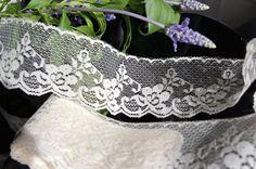 "2½"" Floral Ivory Scalloped Lace Trim | Lace Trim"