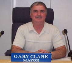 Zillah Mayor Gary Clark