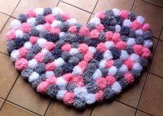 RÉSERVE Tapis   coeur a pompoms ##sur commande##