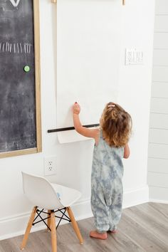 DIY coloring wall wi