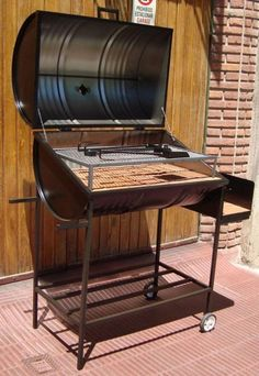 25 Amazing Creative Recycle Barrels Ideas for Home Furnitures - DecOMG Diy Grill, Barbecue Grill, Oil Drum Bbq, Bbq Stove, Grill Stand, Fire Pit Grill, Grill Design, Design Design, Home Furniture