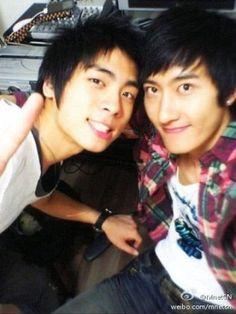 Jonghyun and Zhou mi