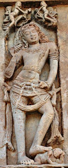 """Bhairav. "" Virupaksha Temple. Pattadakal. Chalukya Dynasty. 8th Century CE. Karnataka, India. Chalukya Dynasty, Hampi, Hindu Deities, Sculpture Clay, Lord Shiva, Indian Art, Art And Architecture, Metal Art, Art Drawings"