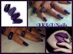 Zwarte colorgel met Rainbow Effect Purple van Mistero Milano en  de ringvinger afgewerkt met een witte stempel.