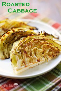 These oven roasted cabbage wedges are wonderful. Roasting cabbage elevates it into a whole new level, turning the humble vegetable into a crispy, tasty, salty-spicy snack. Healthy Food Blogs, Healthy Snacks, Healthy Eating, Healthy Recipes, Vegetarian Cabbage, Vegetarian Recipes, Cooking Recipes, Olive Recipes, Side Dishes