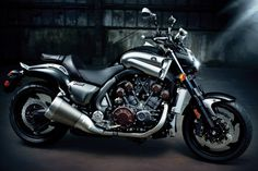 Yamaha VMAX - This is all i DREAM about ;)