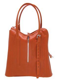 Réservez sur My Tailors&Co ce sac très urbain à la silhouette élancée, une alternative au classique porte-documents.