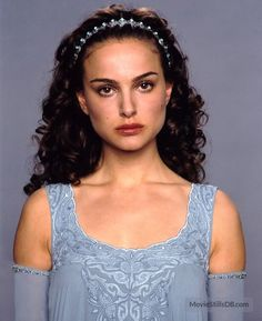 Star Wars: Episode III - Revenge of the Sith Photographs of Natalie Portman LORD SHREE GANESHA ANIMATED GIFS PHOTO GALLERY  | I.PINIMG.COM  #EDUCRATSWEB 2020-05-11 i.pinimg.com https://i.pinimg.com/originals/43/39/46/433946d456b13e4937da7031e6adecb9.gif