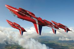 Royal Air Force Charitable Trust Enterprises - The Red Arrows Raiden Fighter, Fighter Pilot, Fighter Jets, Military Jets, Military Aircraft, Raf Red Arrows, Royal Air Force, Air Show, Aerial Acrobatics