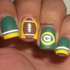 Instagram media by ale1mtz -the Packers  #nail #nails #nailart