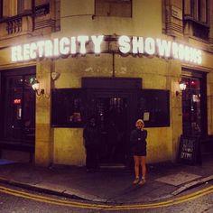 #ElectricShowrooms #Hoxton #Shoreditch #KookyLondon https://itunes.apple.com/gb/app/kooky-london/id625209296?mt=8 #ig_London #London #igLondon #London_only #London_gram #UK #England #GreatBritain #British #iPhone #App #kooky #quirky #chic #bar #photofthday #photography #picoftheday #igerslondon #londonpop #lovelondon #timeoutlondon #londonlife #instalondon #londonstreet #click_london #Padgram