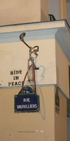 Ride in Peace (Artiste : Mr Ride in Peace)_Paris (France)_Angle de la Rue Saint-Honoré et de la Rue Vauvilliers (1er Arrt)_2014-10-24 © Hélène Ricaud-Droisy (HRD)