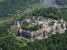Konigstein fortress in the Saxon Switzerland Places Ive Been, Places To Go, Germany Castles, Dresden, Wonderful Places, Switzerland, Medieval, Explore, Adventure
