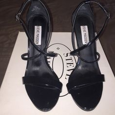 Steve Madden Black Strappy Heels! Steve Madden Feliz worn 3 times in brand new condition the right shoe has a small dent hardly noticeable purchased from Steve Madden that way! Steve Madden Shoes Heels