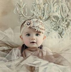 New Baby Newborn Toddler Girls Feather Headband Head Wear Photography Prop 22 Photography Props, Children Photography, Newborn Photography, Portrait Photography, Cute Baby Pictures, Cute Photos, Vintage Pictures, Foto Fun, Photo Prop