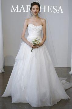 Colección de vestidos de novia de Marchesa #Boda #Novias