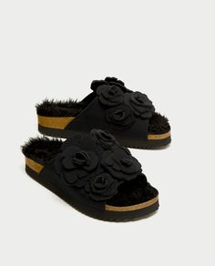 Image 1 of FAUX FUR SLIDES WITH FLORAL APPLIQUÉS from Zara