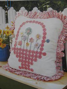 ~ Pillow w/ Yo-Yo Basket  Flowers ~