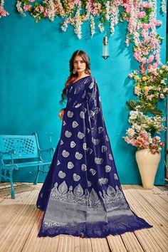 SweetiePie Fashion Women's Banarasi Silk Saree with Blouse (Green) Banarsi Saree, Art Silk Sarees, Green Blouse, Sarees Online, Online Shopping, Cool Outfits, Sari, Delivery, Free Shipping