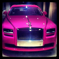 Pink Rolls Royce # wir sind in der Automobilbranche Fancy Cars, Cool Cars, Lux Cars, Pink Cars, Girly Car, Rolls Royce Cars, Best Luxury Cars, Luxury Auto, Amazing Cars