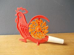Soviet Whistle / Toy Rooster / Folk Motives / Music / by EUvintage