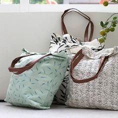 Anna always brings her own shopping bag. Price DKK 2990 / SEK 3990 / NOK 3890 / EUR 432 / ISK 813 / GBP 3.36  #shoppingbag #canvas #bag #accessories #inspiration #sostrenegrene #søstrenegrene