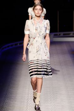 Tommy Hilfiger set sail with his fall-winter 2016 collection presented during New York Fashion Week. The Park Avenue Armory was made over into the T.H. Atlantic with a lineup of early twentieth century inspired wares. A cast featuring top models including Hailey Baldwin, Sara Sampaio and new global brand ambassador Gigi Hadid, walked the runway …