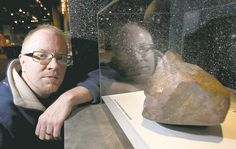 After 4 years as a doorstop, the largest meteorite ever found in Manitoba is going on display: http://bit.ly/yyWC0v