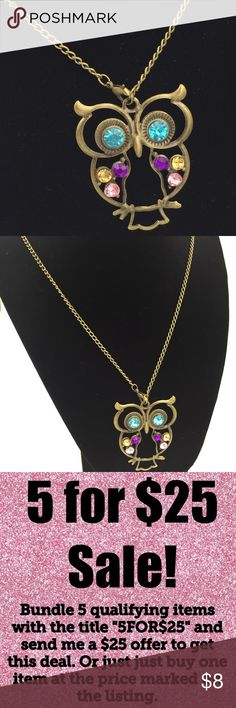 """🎉5/$25🎉 Owl Vintage Retro Look Long Necklace Vintage Retro Look Long Owl Necklace  Antique bronze gold tone with rhinestones  Chain approximately 28""""  See my other listings with 5 for $25 SALE and save on a bundle! Lots of clothes, makeup and new boutique items. Great for Christmas gift giving or stocking stuffers. I love accepting offers. Jewelry Necklaces"""