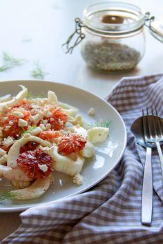 Ensalada de hinojo y naranja roja | Pimienta y Purpurina Queso Feta, Waffles, Breakfast, Recipes, Blog, Gratin, Fennel Salad, Juices, Salads