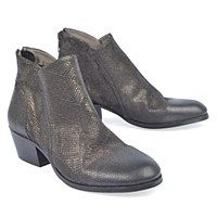 New Arrivals   Women s Shoes - Page 2 - Imelda s Shoes and Louie s Shoes  for Men - Portland 6148330f1