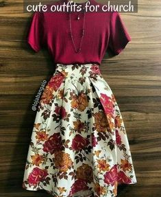 Burgundy top and floral midi skirt Vintage Clothing, Vintage Dresses, Vintage Outfits, Vintage Fashion, Golf Clothing, Clothing Ideas, Mode Outfits, Skirt Outfits, Casual Outfits