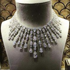 @fronktwoot84 @graffdiamonds #diamond#الماس#elmas#алмаз#ダイヤモンド#instagood#highjewelry#instalike#finejewelry#like#instadaily#instaphoto#fashion#love#style#happy#luxury#instafollow#jewerly#royal#jewelrygram#instajewelry#graff#necklace#sparkle by artofdiamonds