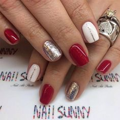 Red and silver nails, golden nails, love nails, red gel nails, pink nails. Red And Silver Nails, Red Gel Nails, Pastel Nails, Pink Nails, Acrylic Nails, Holiday Nail Designs, Best Nail Art Designs, Winter Nail Designs, Nail Ideas For Winter