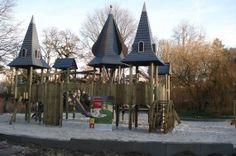 unique playground in Bisschoppenhofpark, Belgium