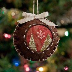 Felt ornament ball